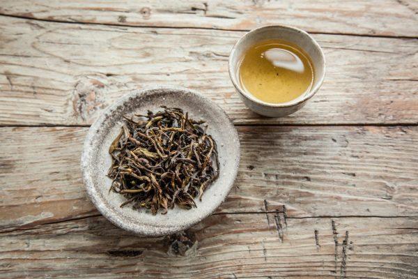 trà trái nhàu khô