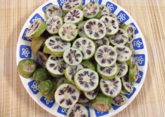 trái nhàu trị bệnh gout (7)